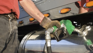 fuel-buying-strategies-for-truckers-and-transport-companies