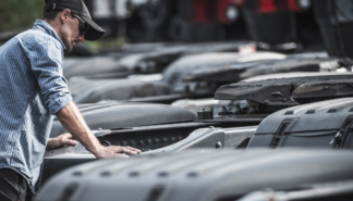 buying-vs-leasing-a-truck-for-your-fleet
