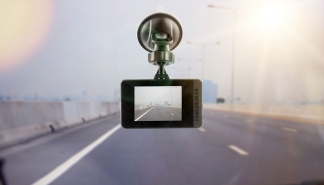 how-ai-dash-cameras-are-improving-the-safety-of-truck-drivers